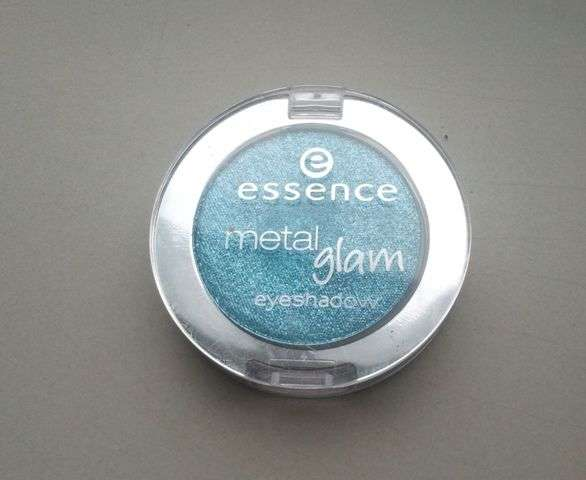 Essence Metal Glam