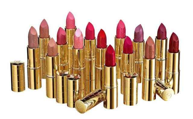 Oriflame Giordani Gold Iconic Lipsticks Groepsbeeld Sfeer