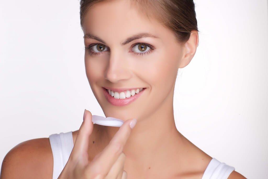 Direct wittere tanden met iWhite Instant 19 tanden Direct wittere tanden met iWhite Instant witte tanden