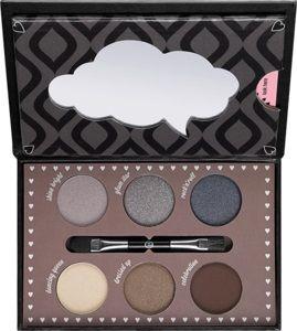 how to make smokey eyes 01 make-up box