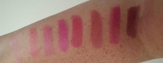 lipsticks op arm