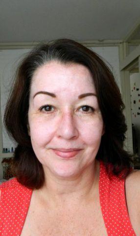 voor nep crease beetje makeup