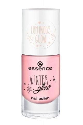 essence winter glow nail polish