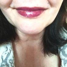 """Mijn """"budget look"""" met de make-up van essence. 38 essence Mijn """"budget look"""" met de make-up van essence."""