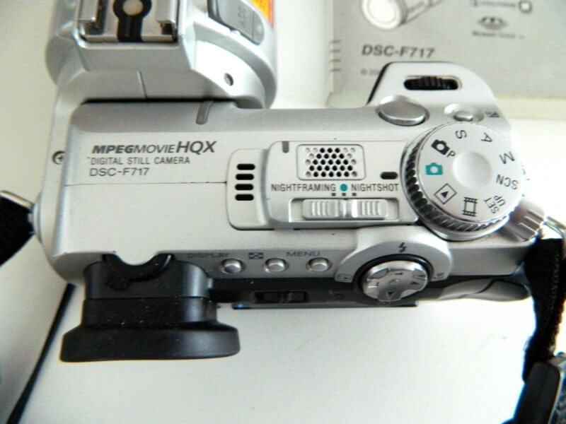sony camera DSC-717