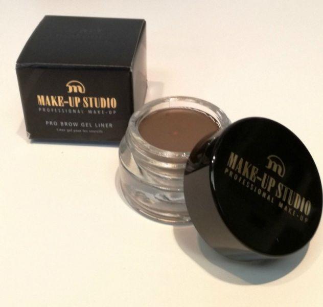 Brow gel liner make-up studio