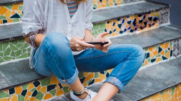 De Smartphone - Van Strijkijzer naar Slank Model 9 smartphone De Smartphone - Van Strijkijzer naar Slank Model