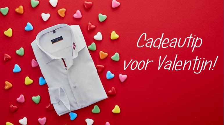 Lipstick on Your Collar- Cadeautip voor Valentijnsdag 1 hemd voor hem Lipstick on Your Collar- Cadeautip voor Valentijnsdag